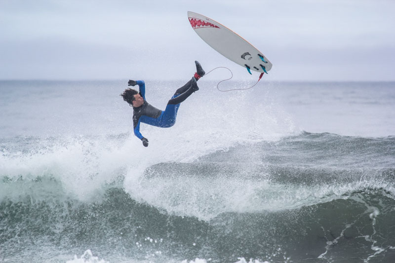 surfing_russia_kuril_iturup_©taniaelisarieva_6-2-2